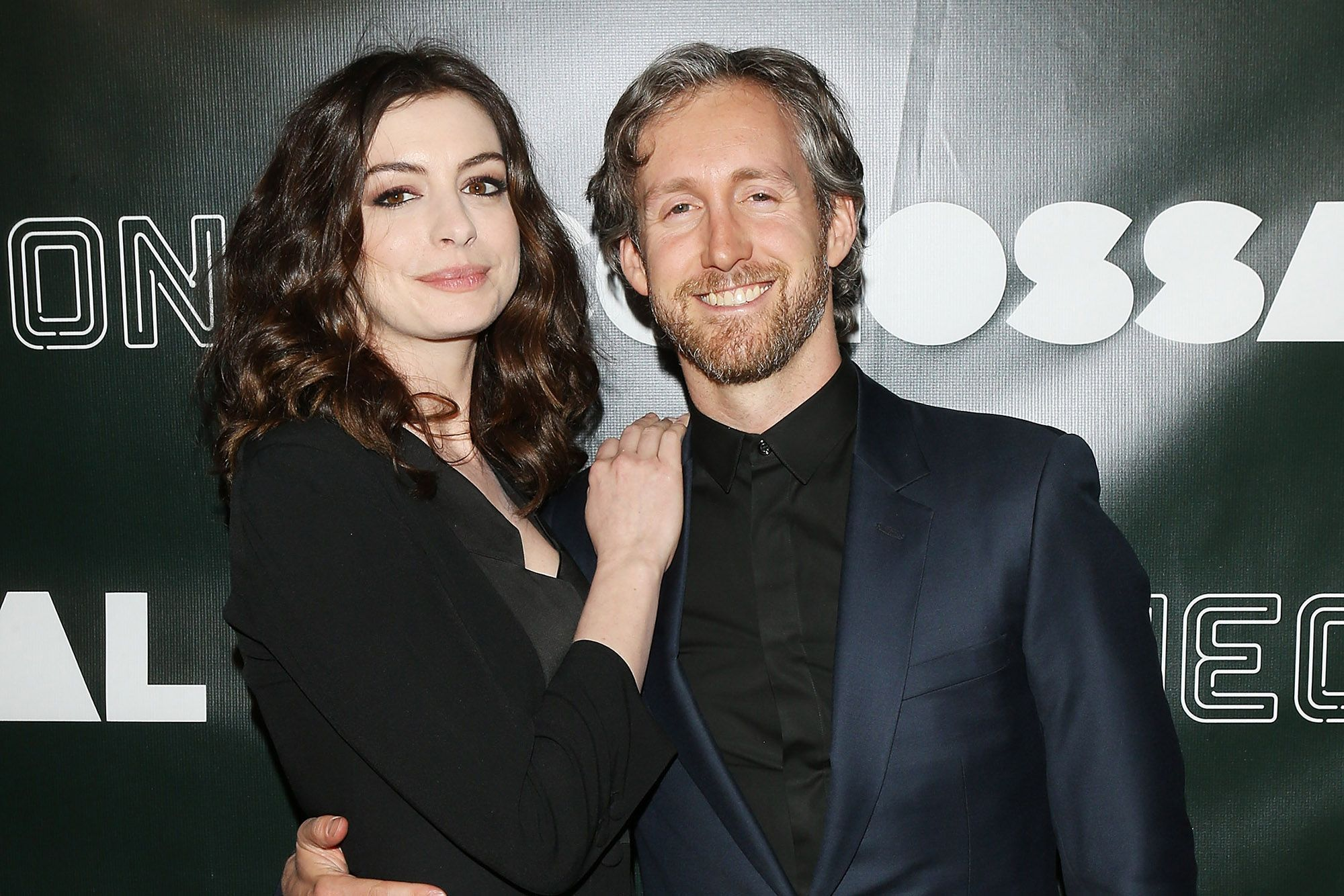 https://pagesix.com/2018/08/10/anne-hathaway-gets-cozy-with-husband-adam-shulman-at-miami-hot-spot/