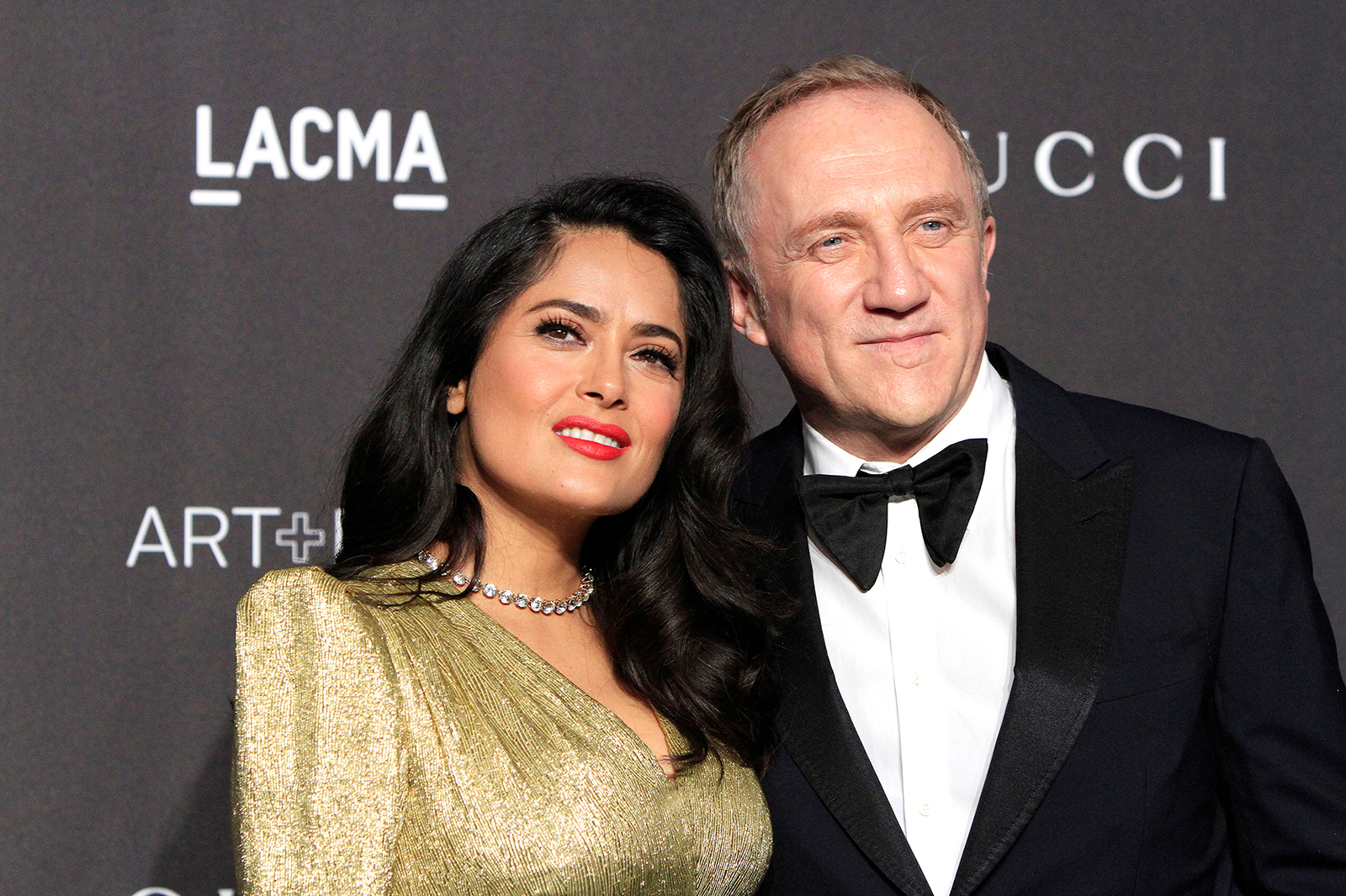 https://www.thesun.co.uk/tvandshowbiz/8881423/salma-hayek-husband-linda-evangelista-pregnant-notre-dame/