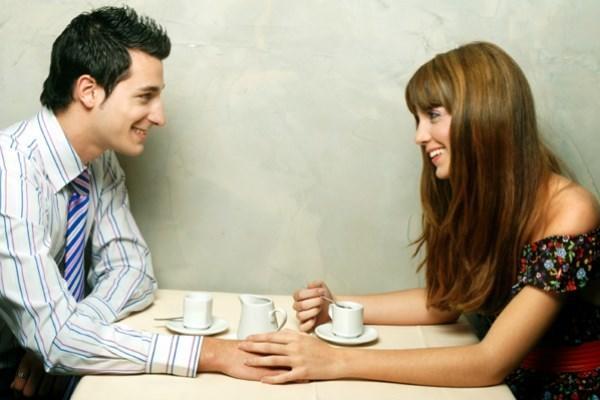 Ζώδια και πρώτο ραντεβού: Τι πρέπει να κάνετε για να πάει καλά