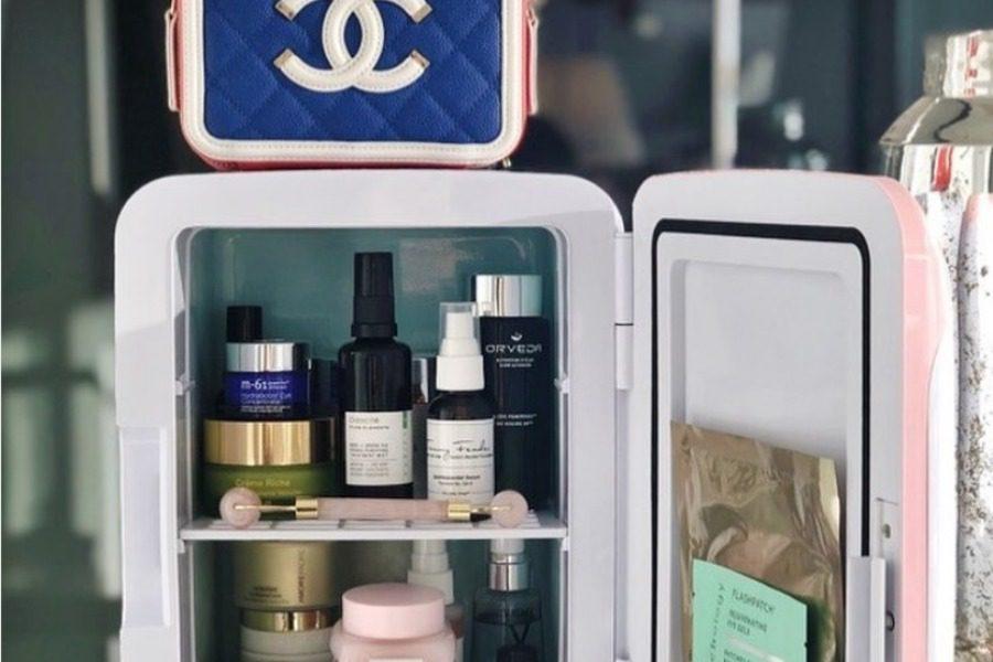 Γιατί όλες οι γυναίκες αγοράζουν αυτά τα μικροσκοπικά ψυγεία